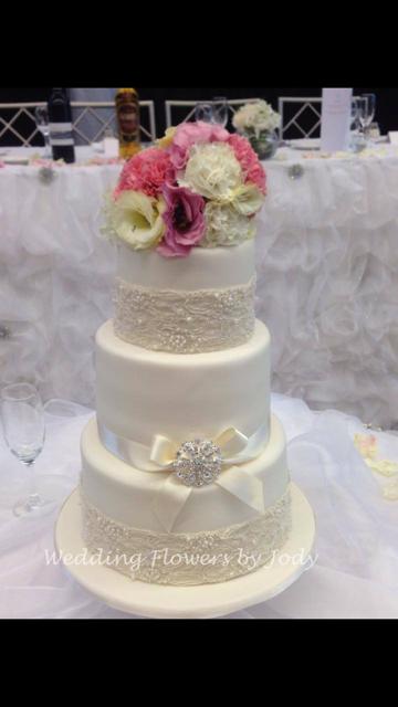 Wedding Cake Flowers 09