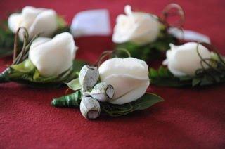 Buttonholes & Corsages 10